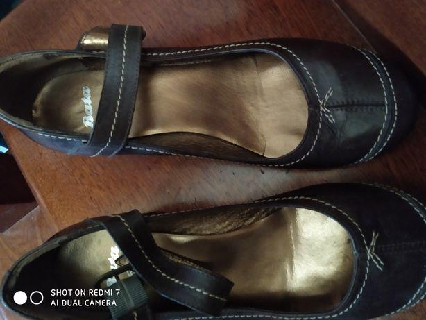 Sapatos mulher, pretos!