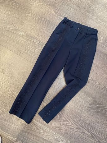 Школьные брюки со стразами mone 128р