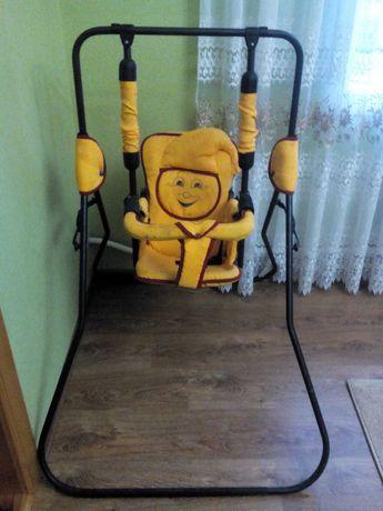 гойдалка для дитини