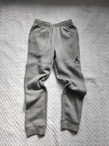 Spodnie dresowe. Jordan. Rozmiar 140-152