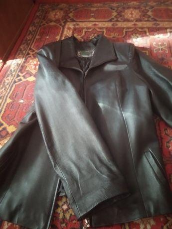 Женская кожаная куртка весна,осень