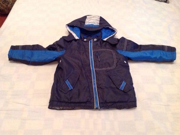 Куртка демисезонная на 3-4 года 104/56