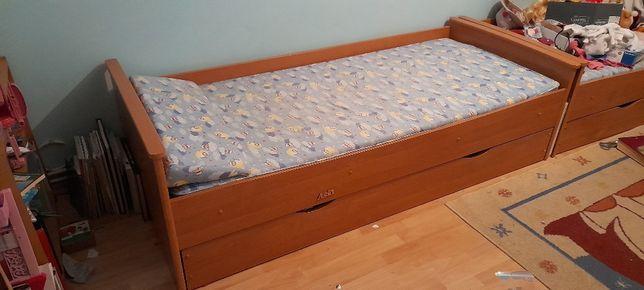 Łóżko dziecięce jednoosobowe
