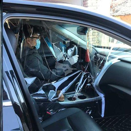 Разделительная плёнка водитель - пассажиры с аксессуарми для крепления