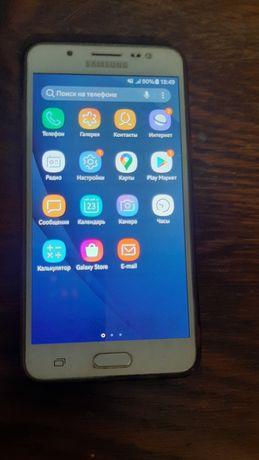 Samsung J510H Galaxy J5 (6) Duos + карта памяти 32GB