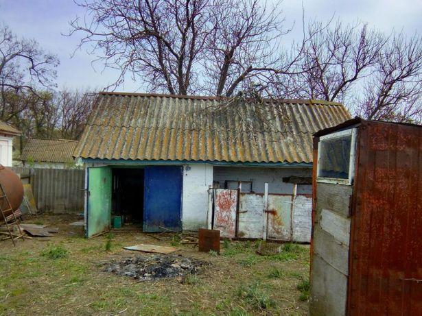 Продам дом в селі