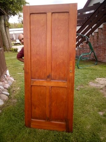 Drzwi pokojowe drewniane wewnetrzne prawe