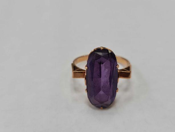 Wyjątkowy złoty pierścionek damski/ Radzieckie 583/ 5.89 gram/ R21