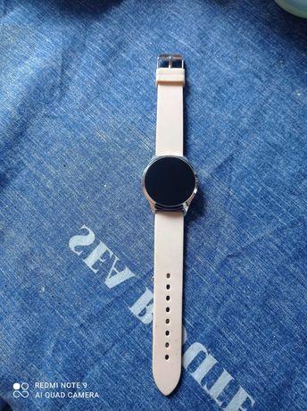 Smartwatch Avon pudrowy róż