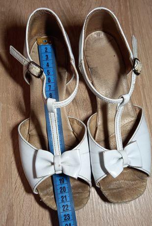 Туфли бальные 22,5 размер