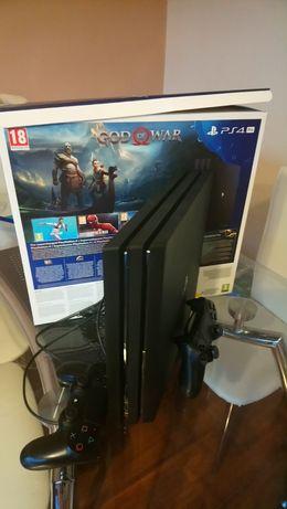 PlayStation 4 Pro 1 TB model CUH-7216B