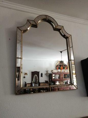 Espelho veneziano antigo