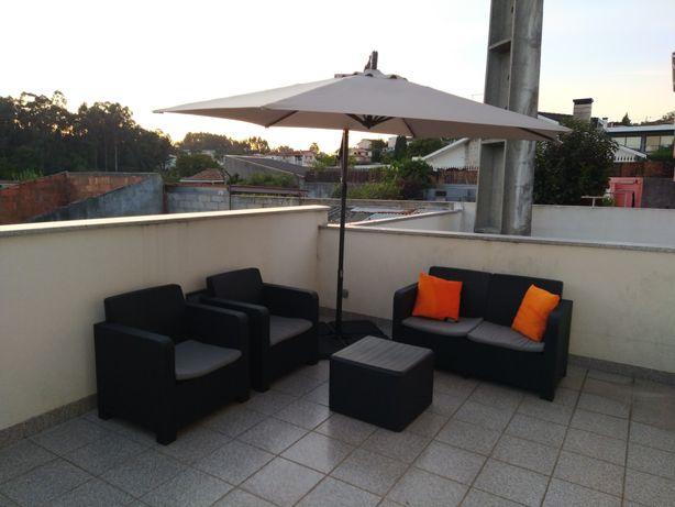 Conjunto mobiliário exterior novo