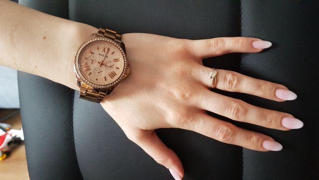 Zegarek damski FOSSIL AM4483 - cyrkonie SVAROWSKIEGO - różowe złoto