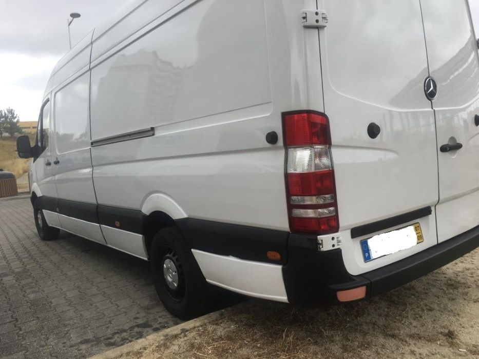 Aluguer de Carrinhas com Motorista// Lisboa, Almada, Seixal, Setubal Benfica - imagem 1
