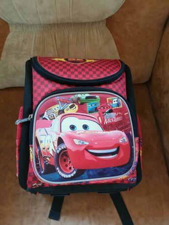 Рюкзак для першокласника