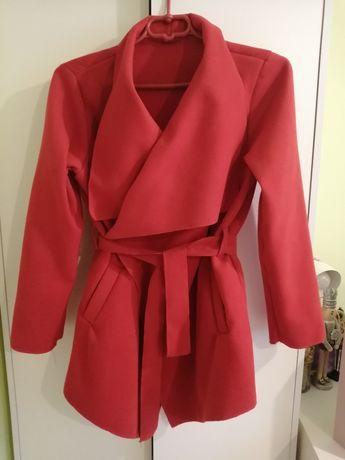 Płaszcz S M 36 38 czerwony flauszowy płaszczyk wiązany narzuta