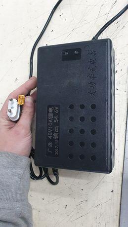 10 амперное Зарядное для 48в аккумулятора,