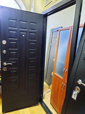 Входная бронированная дверь