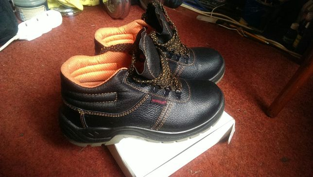 Продам фирменные max popular рабочие ботинки -обувь-спецодежда