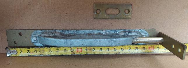 Шпингалет дверной врезной торцевой 121 мм крашеный