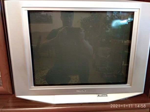Продам телевизор SONY KV-SZ29M91