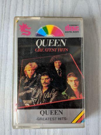Queen Non Blondes Dances with wolf kaseta
