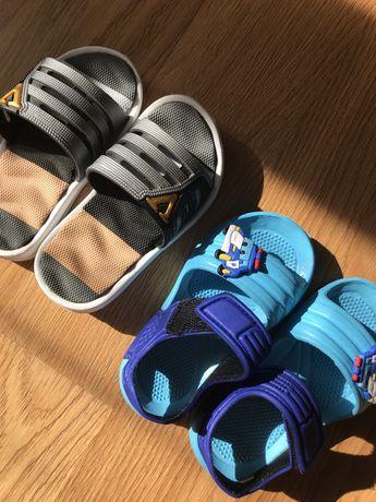 Бо оніжки шльопки дитяче взуття 21і24 розмір