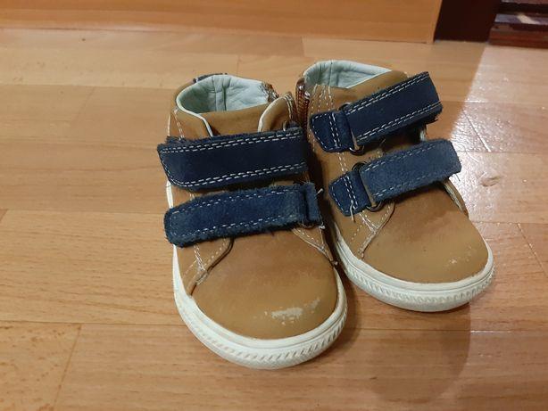 Осенние, демисезонные ботиночки для мальчика 21 размер
