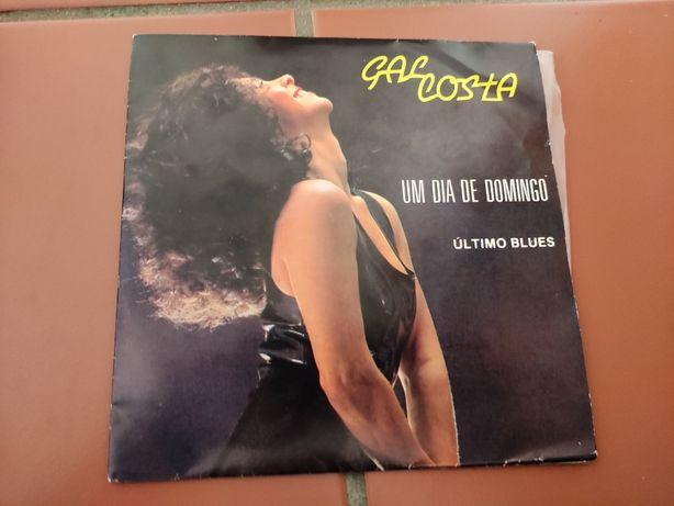 Disco Vinil Gal Costa- Um dia de Domingo