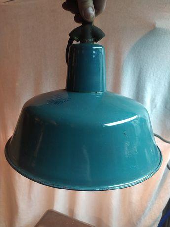 Stara lampa rodem z prl