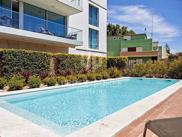 Apartamento T2 para arrendar em condomínio com piscina, C...
