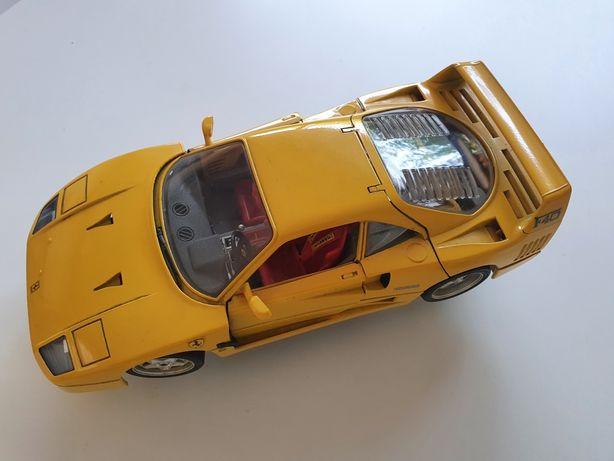 Lamborghini amarelo da Burago
