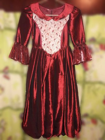 Платье детское нарядное пышное