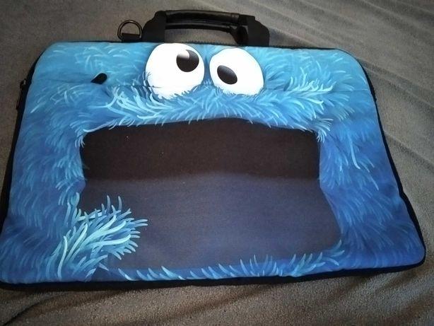 Sprzedam torbę na laptopa 17 cali