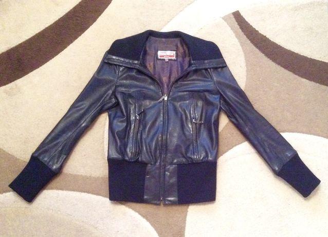 Кожаная курточка с лазерным напылением S/M