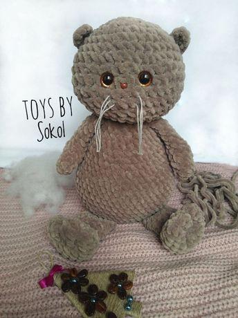 Плюшевая вязанная игрушка кот Басик