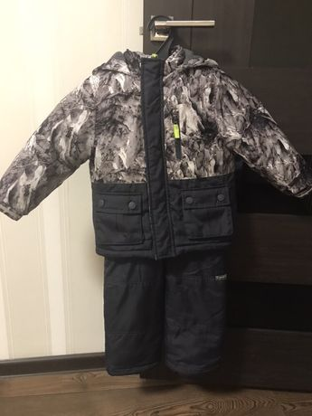 Зимний комбинезон Oshkosh размер 3Т на рост 92-98 см