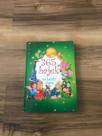 """Książka """" 365 bajek na każdy dzień"""" dla dzieci"""