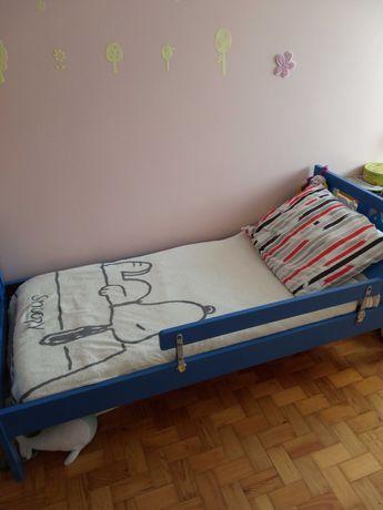 Cama criança ou bebé com colchão em muito bom estado