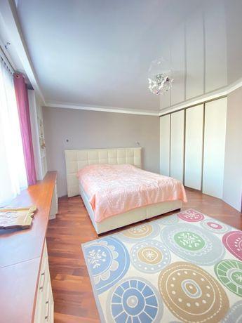 Будинок для великої сім'ї або навіть на дві сім'ї на вул Варшавській