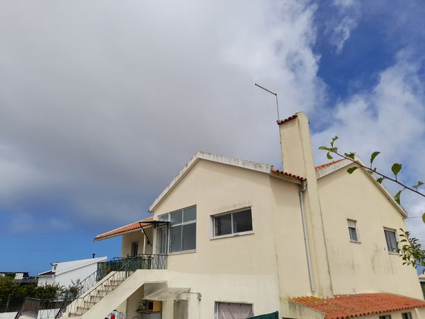 Apartamento T2 |  1° Andar de moradia | Tojeira, Magoito