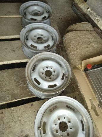 13 тые диски Б/У на ваз 15 200 гр штука радиатор новый 500 гр