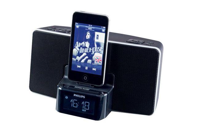 Radio-relogio-com-alarme-para-ipod-iphone