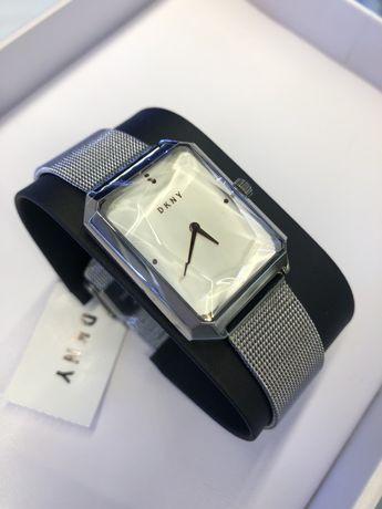 DKNY оригинальные часы! США.