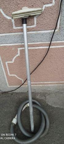 Труба со шлангом и щеткой к пылесосу СССР