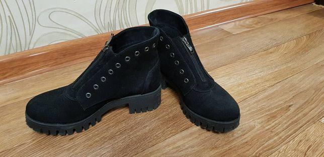 Ботинки осень, замша