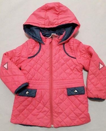 Курточка  на  девочку 4 лет.