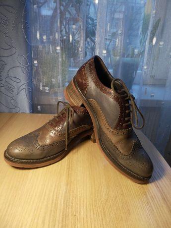 Коричневые кожаные туфли с тремя оттенками