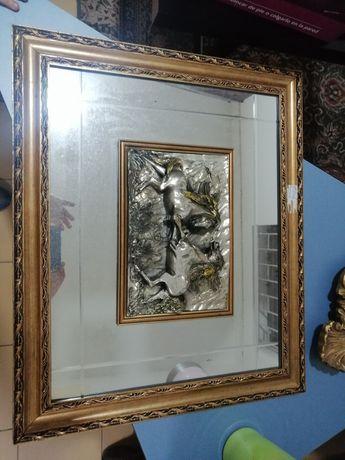 Quadro estranhado a prata
